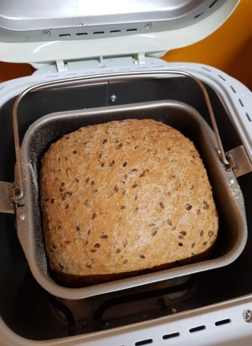 Make you own fresh bread to save money on grocery shopping